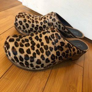 Sanitary Leopard Calf Hair Clogs EU 41 - US 10